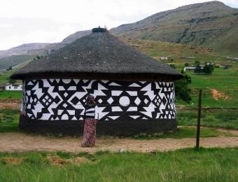 Xhosa Hut 1